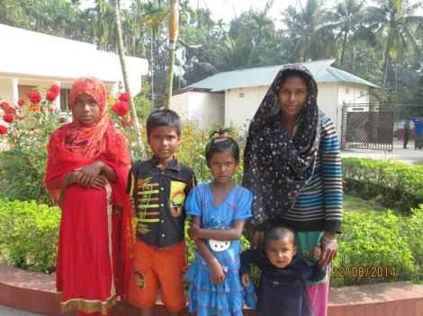 A family that lives in Ruhel's compound